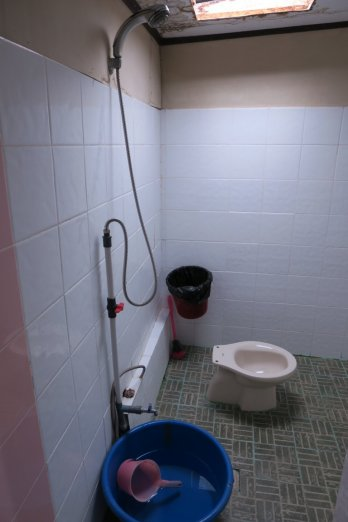 bathroom of the more expensive rooms